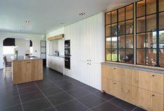 Modern open kitchen with a rural touch Open Kitchen, Minimalism, Architecture, Interior, House, Furniture, Home Decor, Closets, Kitchen Ideas