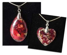 Pendants made from flowers, wedding flowers, funeral flowers, memorial flowers. Keepsakes made from wedding flowers. Keepsakes made from funeral flowers. Funeral Memorial, Memorial Gifts, Memorial Ideas, Beaded Flowers, Diy Flowers, Drying Flowers, Wedding Flowers, Perserving Flowers, Resin Jewelry