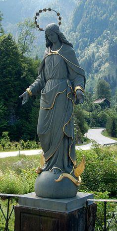 Töpperbrücke, Virgin Mary statue.
