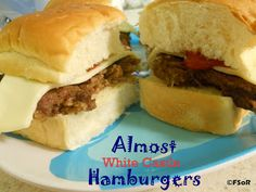 Almost White Castle Hamburgers. Photo by Fantastical Sharing As a White Castle addict I can say that these are VERY close to the real thing. Hamburger Recipes, Beef Recipes, Recipies, White Castle Hamburgers, Great Recipes, Favorite Recipes, Yummy Recipes, Dinner Recipes, Kitchens