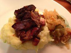 Pečená kuracia pečeň • recept • bonvivani.sk Mashed Potatoes, Beef, Ethnic Recipes, Food, Whipped Potatoes, Meat, Smash Potatoes, Essen, Meals