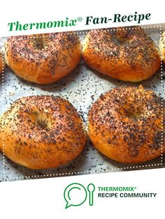 Recipe NewYork Style Bagels by learn to make this recipe easily in your kitchen machine and discover other Thermomix recipes in Breads & rolls. Thermomix Bread, Thermomix Desserts, Recipe Community, Bread Rolls, Rolls Recipe, Dough Recipe, Bagels, Kitchenaid, Tray Bakes