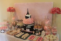 Barbie in Paris Party..ahh can't wait until my baby is ready for a Barbie party!!!!!:)