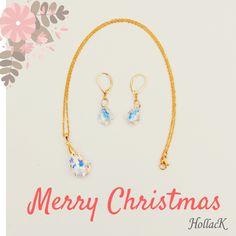 El verdadero color del invierno lo tiene Hollack Joyería, entra a: www.hollack.com.mx y encuentra los mejores accesorios para estas fiestas.