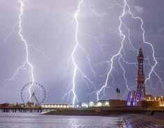 Storms bring spectacular lightning across Britain | Galleries | Pics | Daily Express