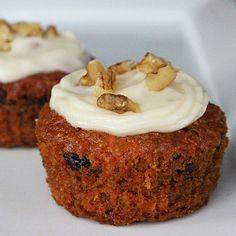 Your Vegan Dessert: Carrot Cake Cupcakes @Ynattirb Ttom........I need these in my life!