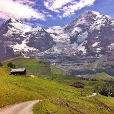 AMAZING_SWITZERLAND  Location: KleineScheidegg,Bern Credit: @jvsquir3 •••••••••••••••••••••••••••••••••••••••••••••••••••••• Tag your best shots #amazingswitzerland ••••••••••••••••••••••••••••••••••••••••••••••••••••••