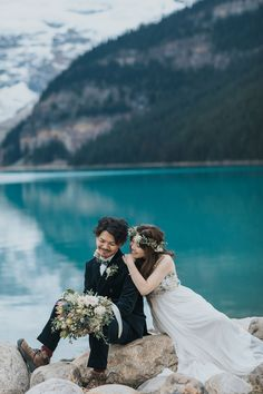 Boho Lake Louise pre-wedding portraits on the shores of Lake Louise. Bride in a beautiful BHLDN boho wedding dress with a floral crown and breathtaking bouquet by Will Flower Co. Bhldn Wedding Dress, Wedding Shoot, Wedding Bouquet, Boho Wedding, Couple Portraits, Wedding Portraits, Willow Flower, Mountain Elopement