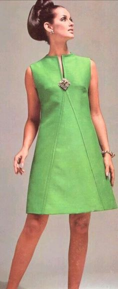 ideas dress pattern a line moda Sixties Fashion, Retro Fashion, Trendy Fashion, Vintage Fashion, Vintage Style, Classy Fashion, Mom Fashion, Vintage Inspired, Vintage Hair