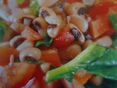 black-eyed beans with spinach and arugula
