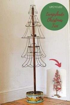 How To Make A Rustic Christmas Tree From Old Lampshades Pick up some old wire lampshades from your local junk or thrift shop and use them to make a unique Christmas tree. Leave it bare for a minimalist look. Or go mad with decorations of Boho look. Diy Christmas Lights, Unique Christmas Trees, Decorating With Christmas Lights, Noel Christmas, Rustic Christmas, Christmas Projects, Xmas Tree, All Things Christmas, Christmas Tree Decorations