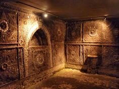 The Shell Grotto was discovered in 1835 by Mr James Newlove. He had been digging a pond when a hole appeared in the ground. Mr Newlove lowered his son Joshua down into it, and when he emerged again he told his father there were tunnels covered with shells. Two years later in 1837 he opened them to the public. The Grotto is 70 feet of winding passages leading to an oblong chamber. There is believed to be 4.6 million shells used in the different mosaics on the walls. Nothing is known about the…