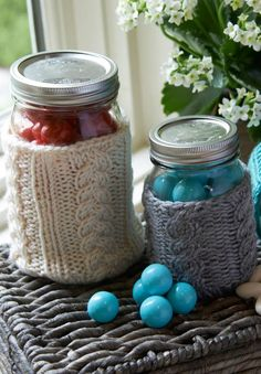 Cabled Jar Cozies a great way to use up that leftover yarn! | Free Pattern