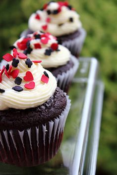 cupcakes by Adventuress Heart, via Flickr