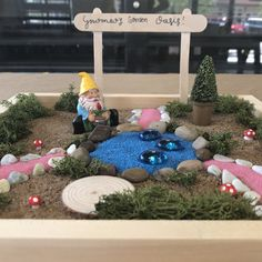 What is it with kids and their gnome obsessions? We don't know, but we support it! We love Gnomes, and this DIY Gnome garden is just so darn cute! All of our DIY delivery kits come with all supplies needed to create something amazing at home! Gnome Garden, Wood Boxes, Gnomes, Diy Projects, Delivery, The Incredibles, Colours, Kit, Create