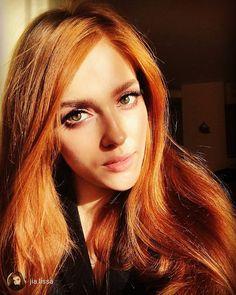 forró vörös hajú tini lány nagy és lógott