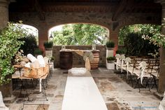 Civil ceremony at Organic Winery near Lucca - baby's breath with lavender accents