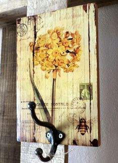 Pallet Painting, Painting On Wood, Wooden Art, Wooden Signs, Barn Wood Crafts, Reclaimed Wood Art, Woodworking Inspiration, Shabby Chic Farmhouse, Painted Boards
