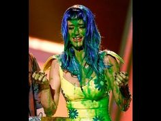 Katy Perry Slimed ►KCAs 2010