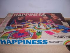 "VINTAGE  ""HAPPINESS"" BOARD GAME 1972  MILTON BRADLEY #4200"