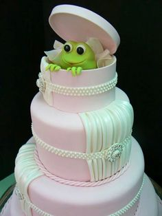 Wedding frog cake. Should have done this!!