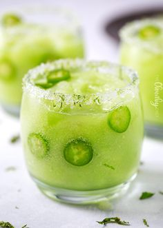 Sip your troubles away with this sweet frozen honeydew margarita with a kick! This jalapeño margarita has a perfect amount of heat to liven up your summer! Apple Cider Cocktail, Cider Cocktails, Margarita Cocktail, Cocktail Drinks, Cocktail Recipes, Ninja Mixer, Honeydew Melon, Margaritas