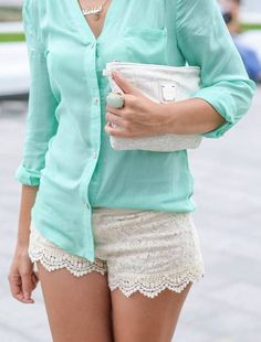 Gorgeous white lace shorts with mint top blouse shirt and white leather cute hand bag the best summer street style outfits Fashion Mode, Love Fashion, Fashion Outfits, Style Fashion, Lace Short Outfits, Cream Lace Shorts, Lace Skirt, Lace Chiffon, Pretty Outfits