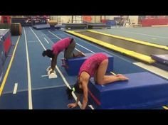 Shaping to strengthen handstand Gymnastics Handstand, Gymnastics Lessons, Gymnastics Routines, Preschool Gymnastics, Gymnastics Floor, Gymnastics Tricks, Tumbling Gymnastics, Yoga Handstand, Gymnastics Coaching
