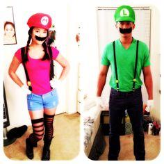 halloween costumes. Mario & Luigi couple costume <3