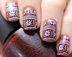 "Yourself a Christmas-Inspired Manicure Using These Festive and Bright Nail Art Designs ""Ugly"" Christmas Sweater - ""Ugly"" Christmas Sweater - Holiday Nail Art, Christmas Nail Art Designs, Gel Nail Art, Easy Nail Art, Nail Polish, Nail Art Noel, Christmas Gel Nails, Christmas Glitter, Bright Nail Art"