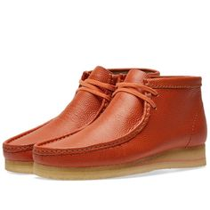 Buy the Clarks Originals Wallabee Boot in Orange Leather from leading mens fashion retailer END. - only Fast shipping on all latest Clarks Originals products Clarks Desert Boot, Desert Boots, Clarks Shoes Mens, Men's Shoes, Shoe Boots, Clarks Originals, Mens Fashion Shoes, Orange Leather, Leather Boots