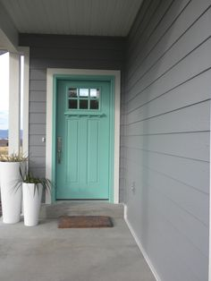 Ideas for modern front door grey exterior paint Aqua Front Doors, Teal Door, Turquoise Door, Modern Front Door, Exterior Front Doors, Grey Exterior, Painted Front Doors, Front Door Colors, Exterior Siding