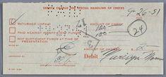 """MARYLIN MONROE un reçu de la banque signé par Marilyn Monroe. Daté du 9-26-51 (26 septembre 1951), Titré """"Service Charge For Special Handling of Checks"""", pour la somme de $2.00 pour un chèque non solvable"""