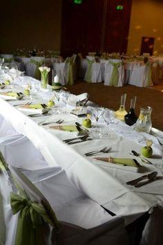 Dekorácie na vašu svadbu pripravia naši experti na eventy spolu s profesionálmi. #HotelMikadoNitra #HotelNitra #Nitra #SvadbavNitre #SvadbavHoteli #SvadbaMIKADO Table Settings, Place Settings, Tablescapes