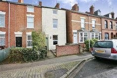 For Sale - £190,000 3 Bedroom Townhouse - Banbury