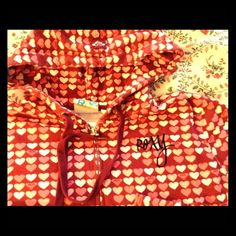 """{ roxy } heart hoodie ❤️ VALENTINES sweatshirt So cute & incredibly soft! Measures approx 38"""" in the chest, 18 1/2"""" overall, 23"""" in the sleeve, fabric content is 80 cotton, 20 polyester. Distressed finish, please see photos. Roxy Jackets & Coats"""