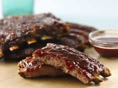 Hot and Spicy Ribs #4thofjuly Rib Recipes, Grilling Recipes, Dinner Recipes, Pasta Recipes, Smoked Pork Ribs, How To Cook Ribs, Fourth Of July Food, Smoking Meat, Dinner Dishes