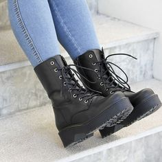 Black Leather Shoes, Black Boots, Leather Boots, Boots For Short Women, Short Boots, Goth Shoes, Kawaii Shoes, Aesthetic Shoes, Hype Shoes