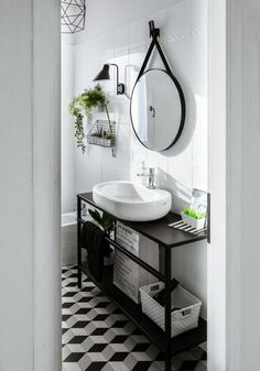 Small bathroom makeover: bathroom before after photos and specifications for a black and white bathroom restyling - ITALIANBARK Target Home Decor, Cheap Home Decor, Bathroom Before After, Shower Remodel, House And Home Magazine, Bathroom Interior Design, White Bathroom, Small Bathroom Mirrors, White Decor