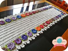 Luciana Ponzo Criações em Crochê: Caminho de Mesa Barroco com Gráfico