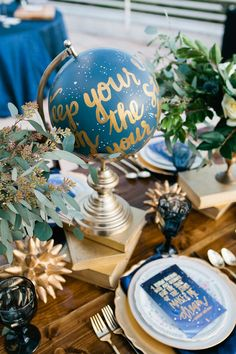 a celestial wedding table with a blue and gold globe, greenery, books, blue glasses and gold cutlery - Weddingomania Galaxy Wedding, Starry Night Wedding, Wedding Themes, Wedding Colors, Wedding Ideas, Wedding Receptions, Wedding Ceremony, Wedding Pics, Space Wedding