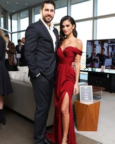 """'Bachelor in Paradise' couple Taylor Nolan and Derek Peth end engagement and split. """"Bachelor in Paradise"""" couple Taylor Nolan and Derek Peth have called it quits. Black Tie Wedding Guest Dress, Black Tie Wedding Guests, Event Dresses, Prom Dresses, Wedding Dresses, Date Night Outfit Classy, Elegant Couple, Festa Party, Couple Outfits"""