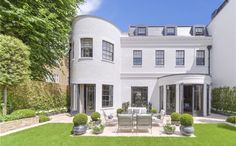 London, Chelsea house