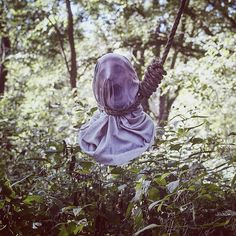 Photographer Christopher McKenney is known for specializing in horror surrealist photography. His pictures look real, it's hard to believe that they're not. Ghost Photography, Horror Photography, Surrealism Photography, Themed Photography, Conceptual Photography, People Photography, Amazing Photography, Photography Ideas, Scary Photos