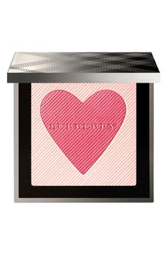 This limited-edition 'London with Love' palette features a blush and highlighter that boosts complexion with a rosy glow. How to use: Sweep the lightweight powder across the temples to add definition and over your cheeks for a lasting, luminous glow. Daily Beauty, Beauty Make Up, Beauty Stuff, Burberry, Beauty Trends, Beauty Hacks, Beauty Tips, Nordstrom Beauty, Girly Gifts