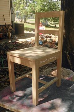 Free Furniture Plans to Build a Desk Chair http://designsbystudioc.com/free-furniture-plans-to-build-a-desk-chair/