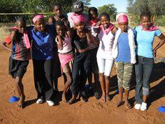 Tule tukemaan kummikoululaisia Botswanassa Tulle