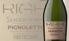 "Pignoletto DOC Metodo Ancestrale ""Senzatempo"" Righi | Riunite & CIV Italian White Wine, Packaging Design, Drinks, Bottle, Vintage, Beverages, Flask, Drink, Beverage"