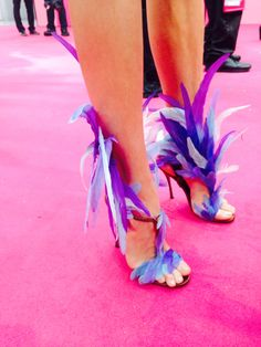 The average heel height of the models' Nicholas Kirkwood shoes equals 6 inches.