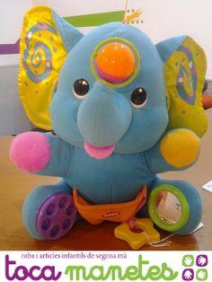 Elefante azul Playskool. Con diversos tactos para estimular a tu bebé en sus primeros juegos. PVP TocaManetes: 15€. http://tocamanetes.com/es/87-elefante-azul-playskool.html